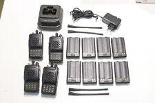 A REPROGRAMMER : Lot de 4 Radio UHF VERTEX VX-800U + 1 chargeur & 8 batteries (A