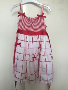 Girls dress Red dress SIZE 3  pretty bow Dress preowned Origami