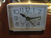 Vintage Westclox Electric Alarm Clock Model 22189 Made in USA White