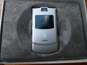 Motorola Razr V3 - Silver - Boxed With Original Paperwork