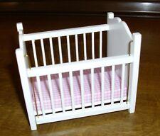 wunderbares Kinderbett  in weiss rosa Matraze - Miniatur 1:12