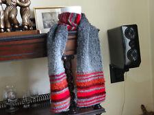 bb32a752ffcf Echarpe neuve tricotée main longueur 1,80 mètre laine et acrylique