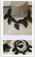 VINTAGE 1980'S BLACK BEADED NECKLACE W/ CENTER lucite  LEAF and bracelet
