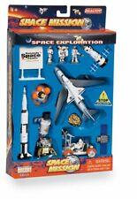 Daron Lunar Explorer 13 Piece Playset with Kennedy Space Center Sign