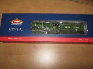 Bachmann 32-560 A1 60117 in British Railways Apple Green