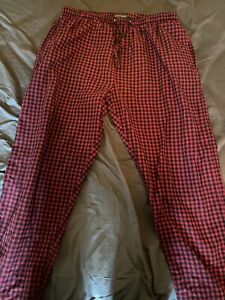 Hanes Classics Large Black/Red Checkered Loungepants