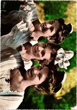 CPM  - Costume provencal de cérémonie du Pays d'Arles (216171)