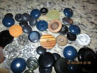 """MIX LOT OF 60  VINTAGE  BUTTONS --1"""" - 1 1/2""""---B51A-#7"""