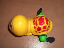 VINTAGE 80'S WIND UP SWIMMING YELLOW TURTLE PLASTIC TOY MOC