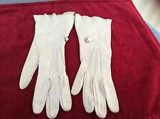 Bacmo Vintage Ivory Washable Leather Gloves With Wrist Buttons size 6 1/2