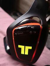 Casque Tritton ARK 200 pour PS4 et PC. Il est en excellent état. Rvb sans fil