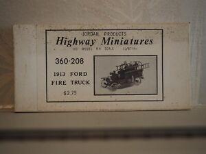 Highway Miniatures HO Model Kit 1913 Ford Fire Truck 360-208
