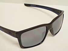 Authentic Oakley OO9264-18 Mainlink Polished Black Black Iridium Sunglasses $195