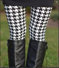 Leggings New With Tags Grand Black WhIte Houndstooth One Size Fits 0-14 Buttery