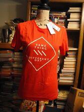 Penshoppe Women/ Men Small Red  Tee Shirt