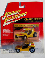 JOHNNY LIGHTNING R18 CLASSIC GOLD TOM DANIEL'S LI'L VAN DUNN BUGGY #02