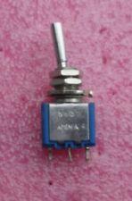 5632 A4 APEM Inverseur miniature à levier