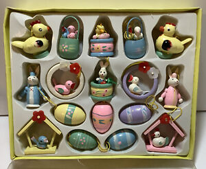 Vintage Easter Tree Ornaments Bunny Rabbit Egg Birds 17 Ct Wooden Mini Decor
