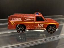 "HOT WHEELS REDLINE EMERGENCY UNIT 1974.""FIRST AID-OXYGEN TRUCK"