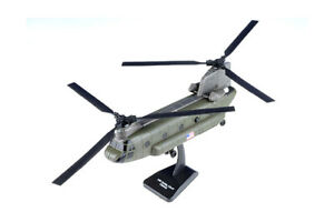 Sky Pilot Boeing CH-47 Chinook Helicopter (1/60 Scale diecast model, Green) 2579