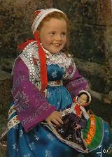 PLOUGASTEL fillette en costume écrite
