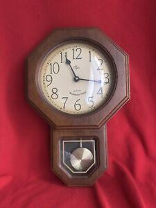 VIntage Elgin Westminster Chimes Wood /Glass Pendulum Musical Wall Clock Working