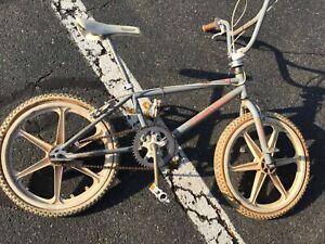Vintage 1986 Diamondback Hot Streak BMX, Freestyle Bicycle, ALLOriginal.