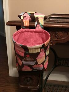 Thread / Scrap Catcher With Pin Cushion.  Cupcakes