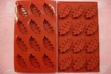 MOULE SILICONE 12 PETITS FOURS / FEUILLES D'AUTOMNE 28 X 17 CM