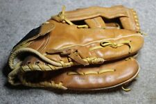 USED REGENT BASEBALL GLOVE MAG TWO RIGHT HAND THROW 0-2996