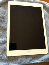 Apple iPad Air 1st Gen. 16GB, Wi-Fi, 9.7in - Silver (CA)