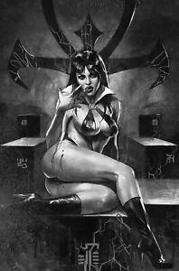 Vampirella # 20 Mastrazzo 1 in 7 Black & White Virgin  Variant Cover !!!   VF/NM