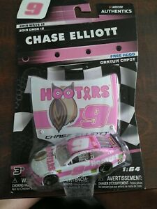 Chase Elliott Nascar Authentics 2019 Wave 12 Pink Hooters