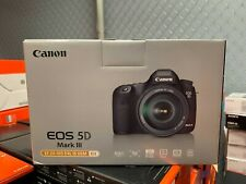 Canon EOS 5D Mark III 24-105 f/4 L IS USM Camera Kit Box