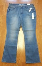 OLD NAVY WOMENS JEANS DEMIN SIZE 16 CURVY REGULAR BOOT CUT MID RISE NWT