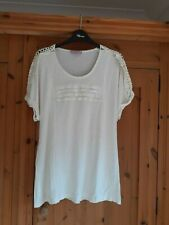 Ladies Cream Top T Shirt Size 20 From Per Una Marks and Spencer
