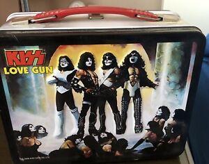 KISS OFFICIAL METAL LOVE GUN LUNCH BOX 2000