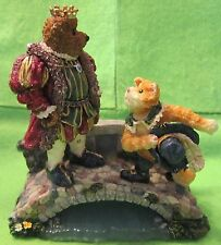 "Boyds Bears & Friends ""Puss N.Boots w/His Majesty Royal Encounter"" #2460 NEW"