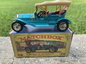 Vintage Matchbox Models of Yersteryear 1909 Thomas Flyabout in box  Y-12