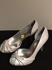 Style & Co. Amilli Silver Sparkly Womens Pumps Peep Toe Open Sides size 6 B,M