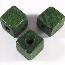 20 Perles Cubes en Bois 12mm Vert foncé