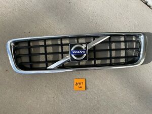 2008-2009 Volvo S60 OEM Front Grille Assembly   #909