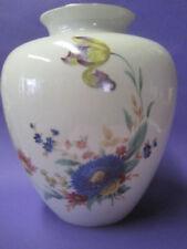 Hutschenreuther-Porzellan mit Blumen-Motiv
