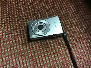 Canon Power Shot  SD750 Digital Camera- CAMERA ONLY