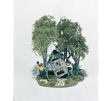 Woodland Scenics / Mini-Scene #108 HO SCALE- OUTHOUSE MISCHIEF - M108
