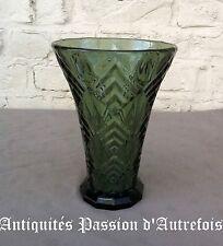 B2017202 - Vase en demi-cristal 1930-40 - 21 cm de hauteur - Très bon état