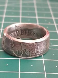 Coin Ring 1928 Florin - Size  uk P