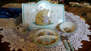 Classic Winnie the Pooh 6 Piece Dinnerware Set