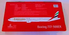 Airplane Emirates Airlines Boeing 777-300ER  1:200 Scale A6-EBQ