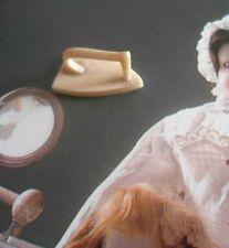 Fer à repasser miniature décoration Poupée mignonnette d' époque fin XIXème